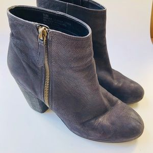 🎁 BP leather booties